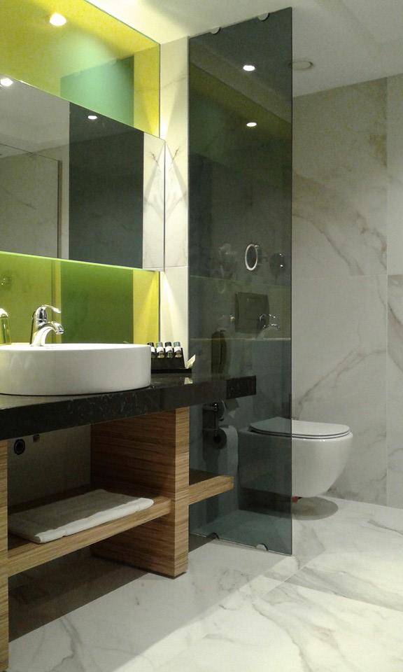 Ανακαίνιση μπάνιου σε ξενοδοχειακή μονάδα