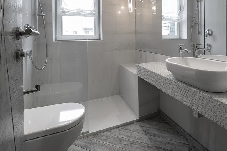 Πλήρης ανακαίνιση μπάνιου